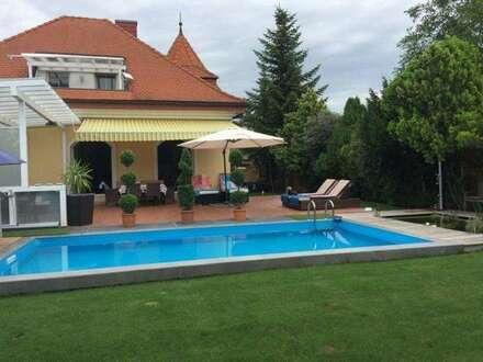 Exklusive Villa mit wunderschönem Garten