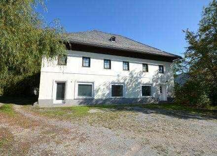 Sehr schönes altes Bauernhaus mit Stadl und Nebengebäude