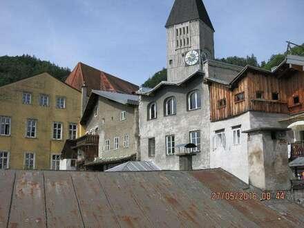 Wunderschöne 2 - Zimmer - Wohnung mit Blick in die Altstadt