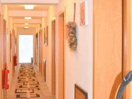 PROVISIONSFREI! Pension, Café, Restaurant, Betreutes Wohnen, Parkplätze, 7 parifizierte Wohneinheiten,12 Fremdenzimmer, Wohnungsumbau…