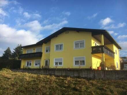 Familienwohnhaus mit 2 Küchen und 14 Zimmer