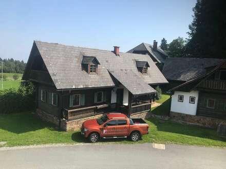 Deutschlandsberg/ Trahütten: Weststeirisches Bauernhaus mit Betriebsgebäude