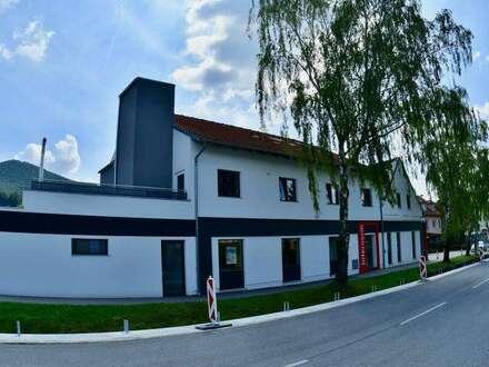 Muthmannsdorf - neu errichtete Top-Mietwohnung incl. Dachterrassennutzung - Erstbezug!
