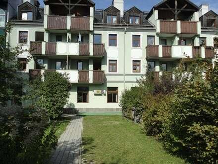 Zentrale, geförderte 3-Zimmerwohnung mit hoher Wohnbeihilfe oder Mietzinsminderung mit Balkon