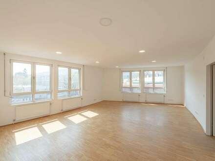 ++NEU** Sanierte Büroräumlichkeit (ca. 250m²), tolle Raumaufteilung, viele Nutzungsmöglichkeiten!!
