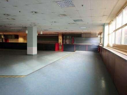 1. Monat mietfrei - Zentrale 730 m² große Kantine/ Veranstaltungshalle mit Küche, Kühlräumen und Ess-Salon in einem Grazer…