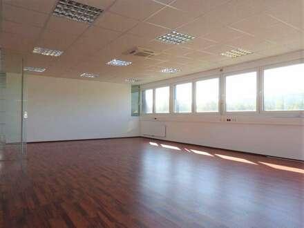 Hochmodernes, schönes neuwertiges Büro im Business-Point Gleisdorf-Süd
