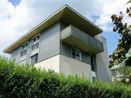 Geschmackvolle Wohnung mit Rundum Blick ins Grüne - Top Infrastruktur