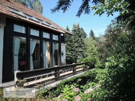 Wohlfühlen im Wienerwald - Einfamilienhaus auf herrlichem Parkgrundstück