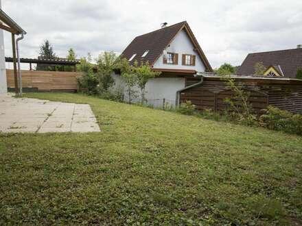 Familienfreundliches Häuschen mit entzückendem Garten!