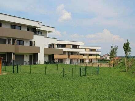 hochwertige 3 Zimmer Wohnung mit Dachterrasse