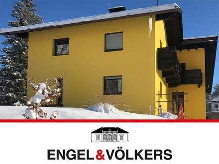Sonniges, renovierungsbedürftiges Haus