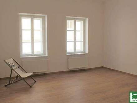 Charmanter Altbau! Erstbezug nach Sanierung! Vollsanierte 4 Zimmer Wohnung!