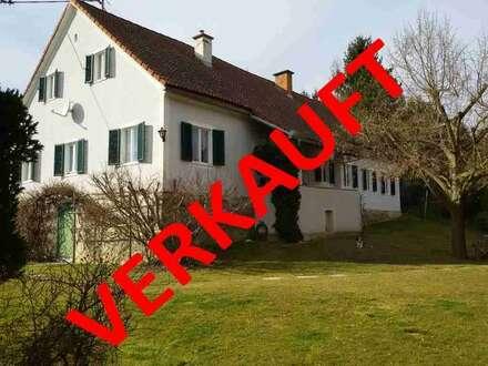 GRAZ- Umgebung: Schönes bäuerliches Anwesen, ca.1,9 Hektar Grund und mit Liebe im Detail. SONNIGE RUHELAGE!