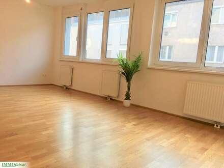PÄRCHENTRAUM ! - Nähe Schlossquadrat - 2 Zimmer ca. 47m² - 3. OG Bruttomiete inkl Heizung und WW € 799,22