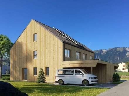 Feldkirch Nofels - neues Doppelhaus aus Vollholz, Platz für die Großfamilie