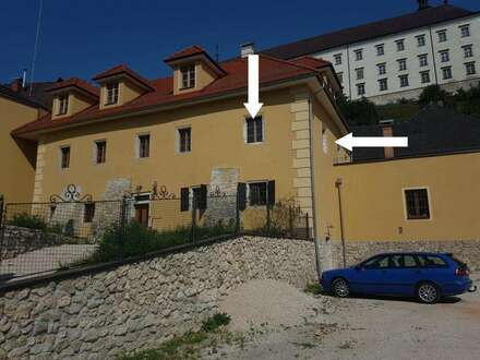 Charmante Altbauwohnung mit großzügiger Terrasse
