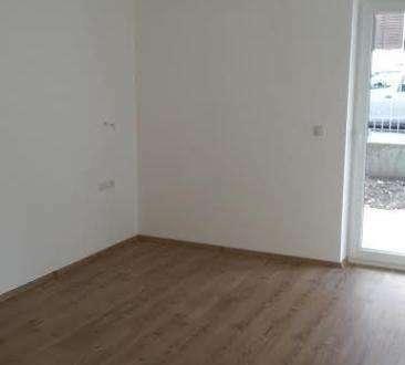 Brixlegg: Schöne 2-Zimmer-Wohnung mit Balkon und Tiefgarage