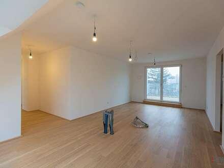 VIDEOBEGEHUNG - **MIET IT** - 3 Zimmer - Dachgeschoss mit Terrasse mit hofseitigem Grünblick