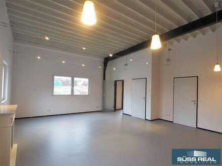 Bürofläche + 60 m² Halle zu vermieten