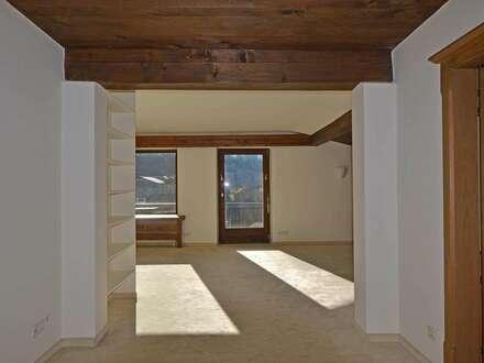 Sonnige Dachgeschoßwohnung in traumhafter Aussichtslage von Aurach