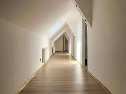 Sehr schönes Büro mit 6 Zimmern, neu renoviert!