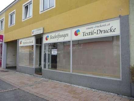 Freundliches Geschäftslokal in der Fußgängerzone von Berndorf/Stadt