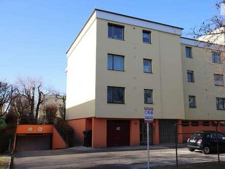Waidmannsdorf - Mozartstrasse - Sanierungsbedürftigt - Tiefgarage - 2,5 Zimmer