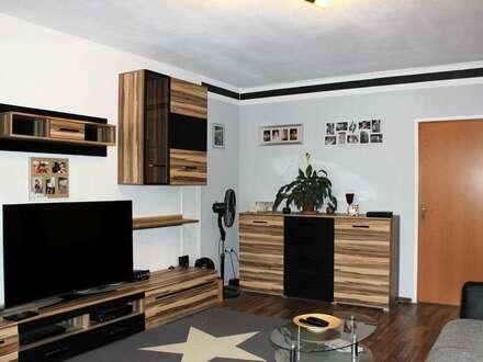 PAUL & Partner: Großzügige Wohnung - eventuell auch als Büro