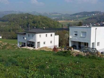 Familienhit : Doppelhaus am Stadtrand zu Urfahr zum Preis einer Wohnung !!