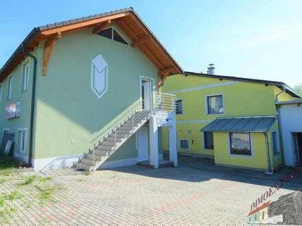 ! ! ! 2 große Häuser mit 4 Wohneinheiten + extra Bauparzelle ! ! !