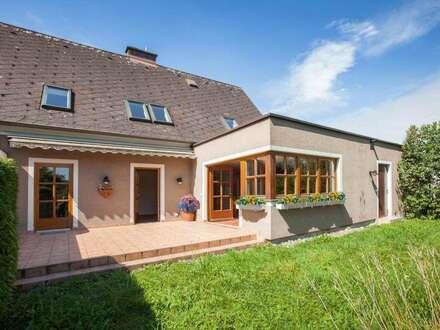 Keferfeld: Einzigartiges Wohnen in ruhigem Einfamilienhausumfeld - Garten mit Baumbestand - 0 Verkehr - DAS Wohlfühlerlebnis…