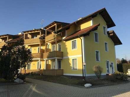 gemütliche 2,5 Zimmer-Mietwohnung mit Balkon und PKW-Stellplatz