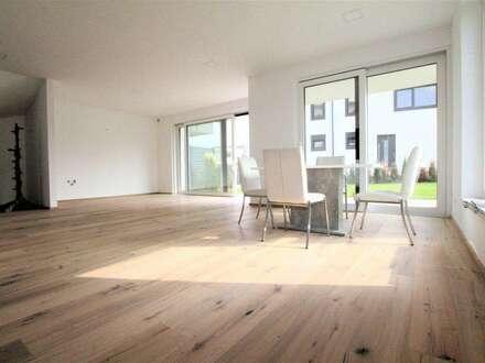 SCHICKES ZIEGELMASSIVHAUS - 163 m² WNFL + 250 m² GARTEN - PROVISIONSFREI