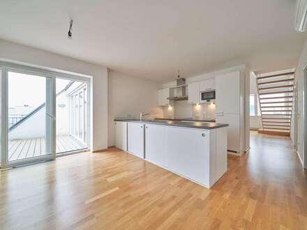 Dachterrassenwohnung in wunderschönem, saniertem Josefstadt-Altbau ** 2 Terrassen (40m2) **Top Lage** live Video-Viewing**