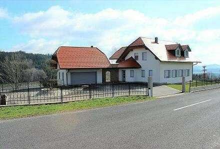 Landhaus Villa in sonniger Naturlage - OÖ