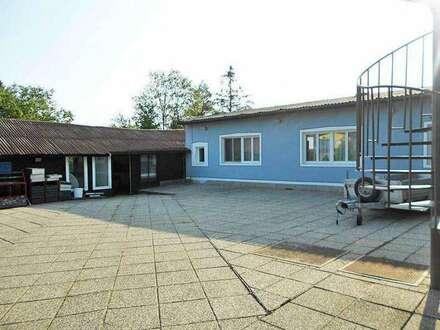 Großes, weitläufiges Haus für vielfältige Verwendung. Obj. 12341-CL