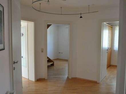 Wohnkomfort in ruhgier Siedlungslage mit tollem Ausblick