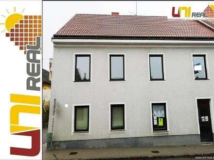 - UNI-Real - Haus mit sehr viel Stauraum