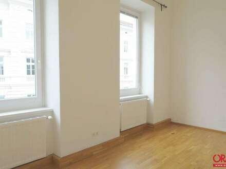 Beeindruckende Raumhöhe:Sanierte 2-Zimmer-Mietwohnung Mitten in der Altstadt in 3500 Krems