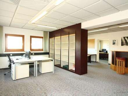 Großzügige Büroeinheit in Bergheim