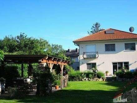 Exquisite - charmante Villa in der Stadt Baden sehr gut geeignet für eine Praxis bzw. Kanzlei in ruhiger Toplage