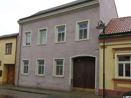 Herrschaftliches Bauernhaus mit diversen Nebengebäuden!