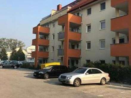 Moderne 3-Zimmer-Wohnung mit süd-westseitigem Balkon im 2. Liftstock und PKW-Stellplatz im Freien