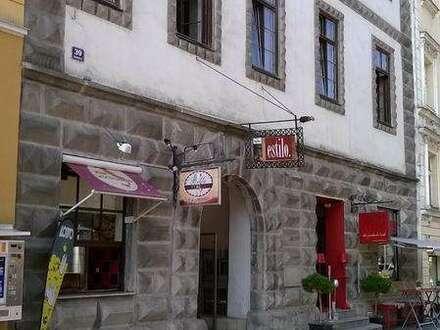 Charmante Wohnung mit Schlafgalerie im Zentrum von Wels