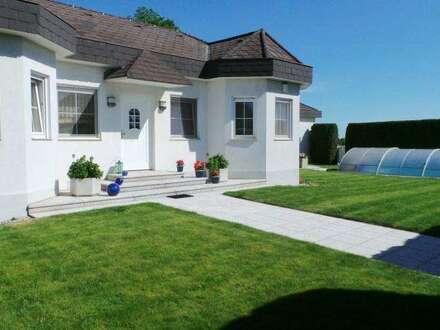 7035 Steinbrunn moderne, repräsentative Villa in idyllischer Ruhelage im Erholungsgebiet!