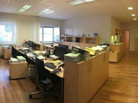 Moderne Büro- oder Praxisflächen in zentraler Lage