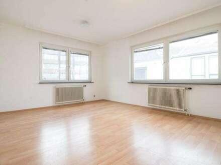+ Liebevoll sanierte Mietwohnung in bester zentralen Lage, direkt in Oberpullendorf!