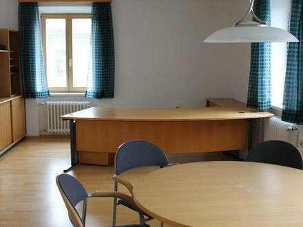 Moderne Büroflächen mit eigenen PKW-Stellplätzen in zentraler Lage Schärding/I.
