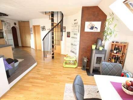 TOP 160m² 5 Zi Wohnung in der Gartengasse mit 2 Tiefgaragen und 70m² Eigengarten